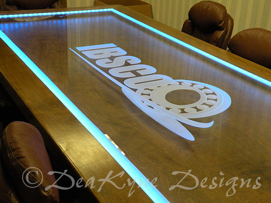 Incroyable Etched Glass Conference Table   Sculpted/carved Logo ...