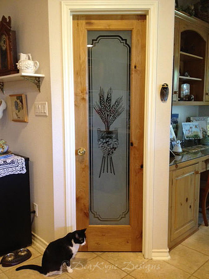 Etched Gl Pantry Door G